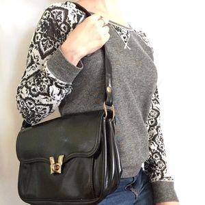 Vintage Black Leather Turnlock Shoulder Bag